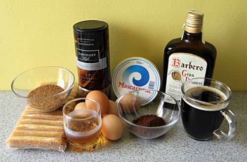 Ingredience na pravé tiramisu