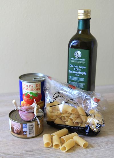 Těstoviny s tuňákem ingredience
