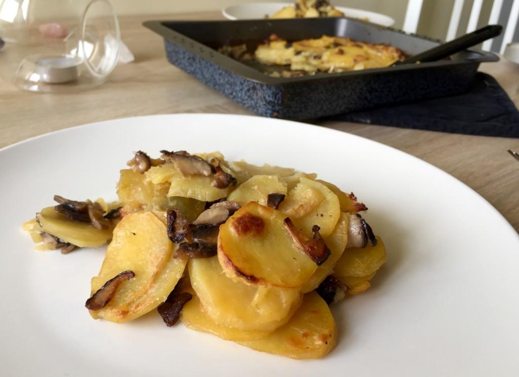 Gratinované brambory s houbami